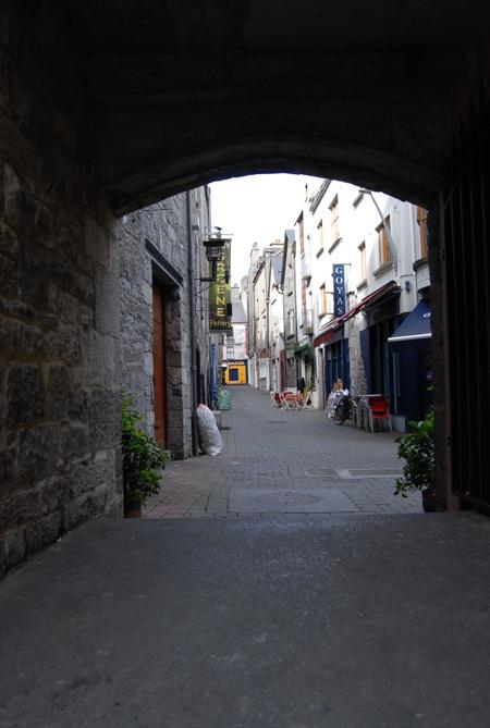 Streets / Laneways